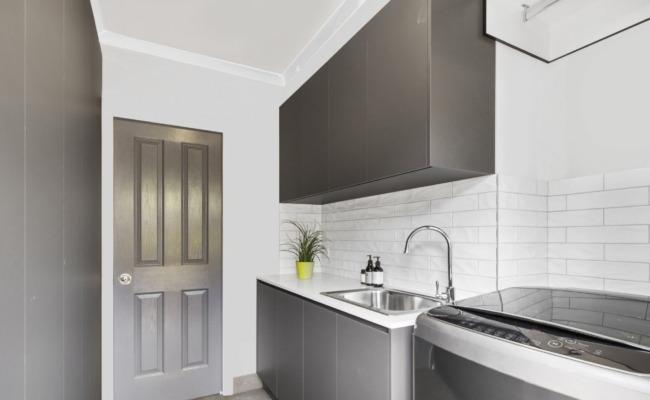 Elegant Kitchen Interior - Bayview Renovations in Braeside, VIC
